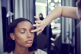 no makeup makeup trend