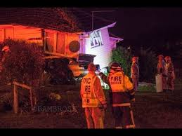 Fatal crash, car crashes into a house in Otara Auckland - YouTube