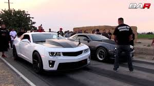headsupmuscle shootout is a feast of muscle car street racing