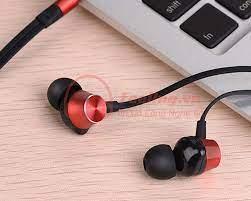 Tai nghe nhét tai có dây Hoco M32 sự lựa chọn Tinh Tế Hiện Đại Phù Hợp Với  Lứa Tuổi Teen 9x, 2000 » Feeling.vn