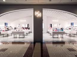 kiko has opened a new concept in italy located in the oriocenter ping centre in orio al serio in bergamo province the was designed by