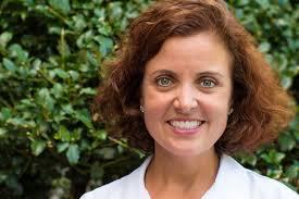 Meet Dr. Cara Lund Stoneham MA   Lund Dental Associates