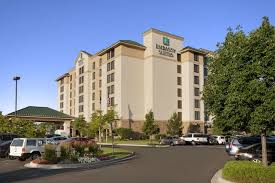 Embassy Suites Hotels in USA - Find Hotels - Hilton