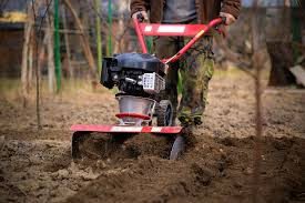 best garden tiller. garden tillers are one of the most important things which a gardener should have. moreover, it becomes an absolute must if you own large lawn or best tiller