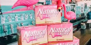 Natural Light Naturdays Retail Bud Light And Natural Light Are Determined To Win