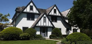 A shaped roof on Tudor Style
