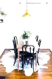 area rug under round dining table rug under kitchen table rug under best area rug for under dining table what size area rug for round table