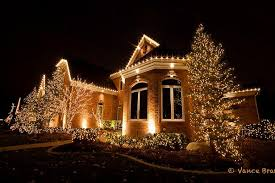 christmas house lighting ideas. christmaslightsbusheshouse christmas house lighting ideas