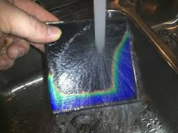heat sensitive shower tiles change colors as you shower