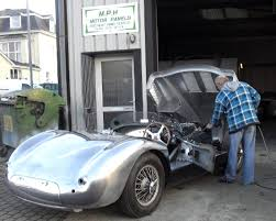 restoration of jaguar c type by mph motor panels