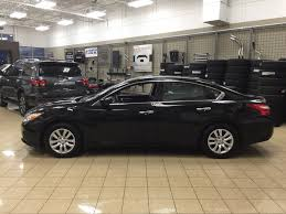 Nissan Altima 4 Door - amazing photo gallery, some information and ...