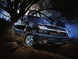 chevrolet व लप पर containing a jeep enled chevrolet avalanche 2002