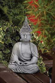 pearl hat thai stone buddha statue