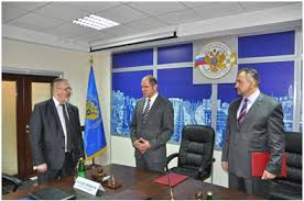 Краевая Контрольно счетная палата заключила соглашение с  Накануне в торжественной обстановке состоялось подписание соглашения о взаимодействии и сотрудничестве между Контрольно счетной палатой Ставропольского края