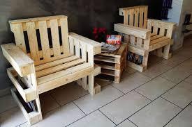 Tavoli Da Giardino In Pallet : Divani con bancali di legno pallet epal pallets in no per