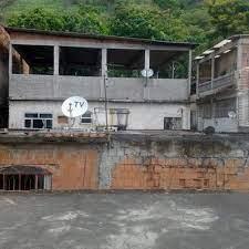 Possui 3 dormitórios, 3 banheiros, 2 vagas na garagem, venda por r$650.000, condomínio por r$900, 130m² de área e está localizado em avenida dos mananciais, rio de janeiro, rj. Cobertura Terraco Residencial Rio De Janeiro Zona Centro Rio De Janeiro Habitissimo