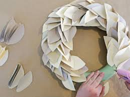 contemporary paper leaf wreath project