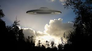 images?q=tbn:ANd9GcR8NuAGM 0FvZyob0rQ mBhDYGHcA7wY So2g&usqp=CAU - Penampakan UFO yang Sampai Sekarang Masih Menjadi Misteri