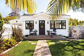 California Cottage Style. Americana Cottage