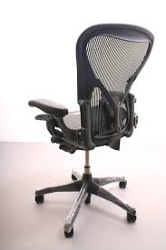 Amazoncom Herman Miller Classic Aeron Task Chair Tilt Limiter W Aeron Office Chair Used