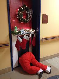 Backyards:Christmas Dorm Door Decoration College  5a4be8de9fece3710cfb7a3ee3c9b6df Pictures Of Decorations Decorating Contest  For Offices Images