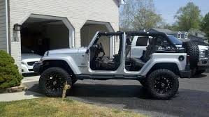 wtt 2011 jeep wrangler lifted 4 door plus cash for z06