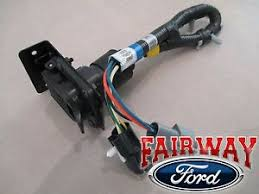 96 97 f 250 f 350 super duty oem ford trailer tow wire harness w details about 96 97 f 250 f 350 super duty oem ford trailer tow wire harness w plug 7 pin