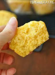fluffy bakery style cornbread ins