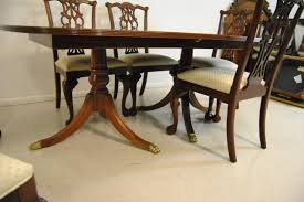 Th CENTURY MAHOGANY ETHAN ALLEN BANDED TOP DINING ROOM TABLE W - Ethan allen dining room chairs