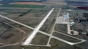 runway and taxiway garden city regional airport