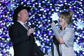 It's the oven warming drawer. Garth Brooks Trisha Yearwood Announce New Christmas Tv Special