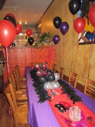 How To Decorate a Birthday Dinner: Red, Purple, & Black theme