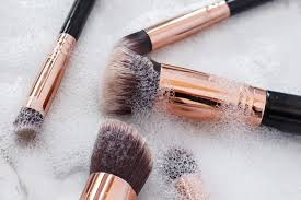 thechrisellefactor cleanbrushes0001