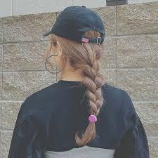今年のトレンドはキャップ女子髪型で差をつけてメンズウケを狙う