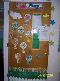Spring Springtime Easter Door Decorations For Preschool Decoration ...