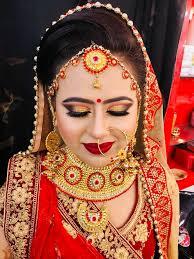 at kiran beauty salon we provide various bridal makeup packages like hd airbrush mac urban decay