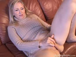 Sexy old womens juicypussy pics