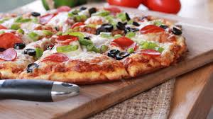 How To Cook A Pizza Quick Easy Homemade Pizza Recipe Divas Can Cook