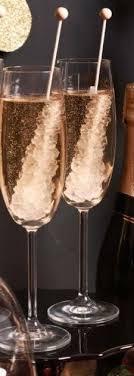 Last-Minute <b>New Year's</b> Eve Party Ideas - Ribbons | <b>Newyear</b>, New ...