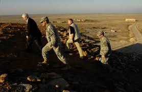 u s department of defense photo essay u s defense secretary robert gates receives a tour of the great ziggurat of ur