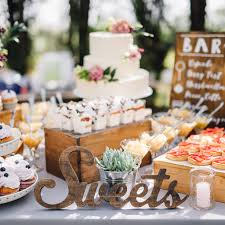 10 Dessert Table Ideas To Make Your Wedding Reception Unforgettable