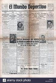 Primera página del diario de deportes y de guerra El Mundo Deportivo del 28  de febrero de 1937 Stock Photo - Alamy