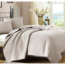 Bed Quilts & beige-bed-quilts Adamdwight.com
