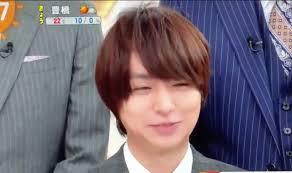 たみぃ On Twitter めざまし 伊野尾くんの髪型 横分け耳出しで超