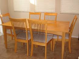 maple dining room table 72 l x 42 w 16 removable leaf 6 matching chairs 300 obo