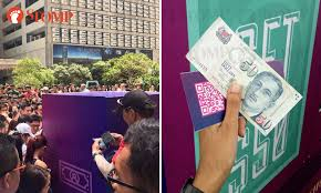 Cash Vending Machine Mesmerizing Free Money' Vending Machine Stunt At Orchard Road Cancelled Raffles