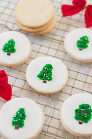 Christmas cookies are the perfect way to celebrate the holiday in 2020. Christmas Tree Sugar Cookies With Fondant