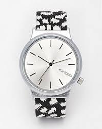 <b>Часы</b> с принтом на ремешке <b>Komono Wizard</b>   ASOS
