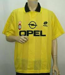 Customized jerseys cannot be exchanged or refunded in the event that a player leaves the squad and/or his squad number changes. Lotto Opel Ac Milan Men Soccer Yellow Jersey Size Large