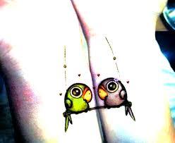 сделать парное свадебное тату для влюблённых птицы на запястье